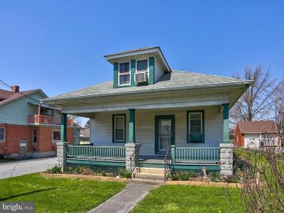 Single Family Home For Sale: 3081 Lincoln Hwy E.