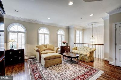 Mclean Townhouse For Sale: 1323 Lawson Lane