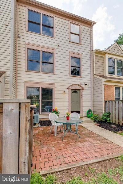 Manassas Condo For Sale: 10417 Dylan Place