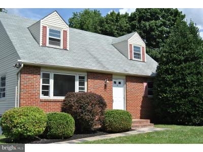 Ewing Single Family Home For Sale: 8 Blue Grass Drive