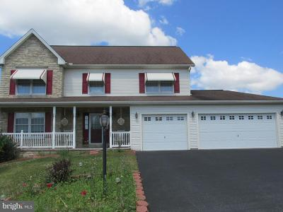 Middletown Single Family Home For Sale: 555 Colony Drive