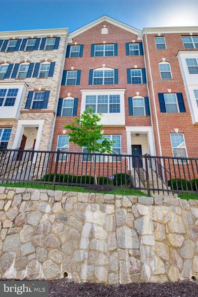 Woodbridge Condo For Sale: 2329 Kew Gardens Drive