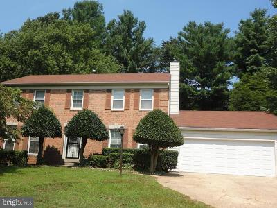 Silver Spring Single Family Home For Sale: 33 Stonegate Drive