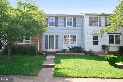Manassas Townhouse For Sale: 8393 Shady Grove Circle