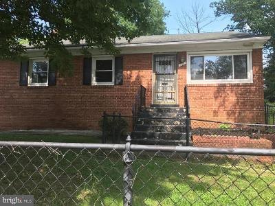 Capitol Heights Single Family Home For Sale: 117 68th Place