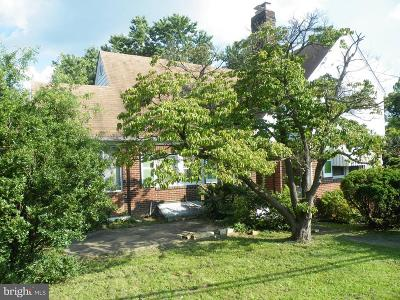 Temple Heights, Temple Hills, Temple Hills Park, Temple Terrace Single Family Home For Sale: 5220 Saint Barnabas Road