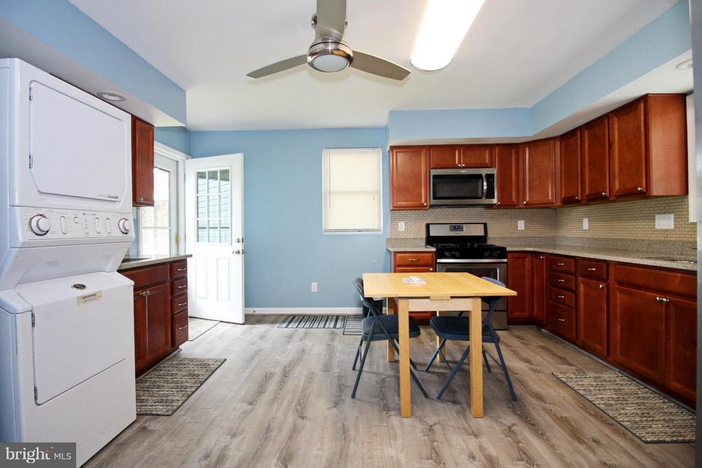 Listing: 8233 Peach Orchard Road, Dundalk, MD.| MLS# 1002218232 ...