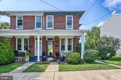 Dallastown Single Family Home For Sale: 46 Franklin Street