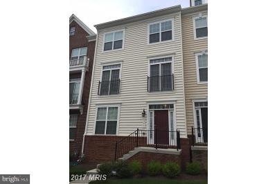 Landover Townhouse For Sale: 8328 Gibbs Way
