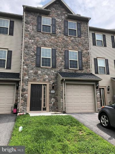 New Oxford Townhouse For Sale: 124 Katelyn Drive