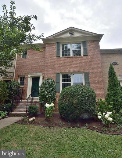 Springfield Townhouse For Sale: 7404 Forest Hunt Court