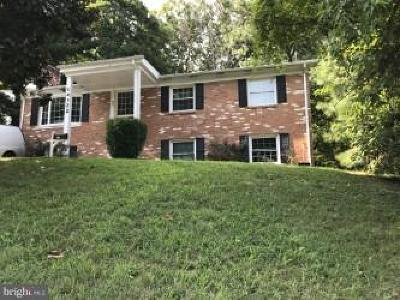 Woodbridge VA Single Family Home For Sale: $359,900