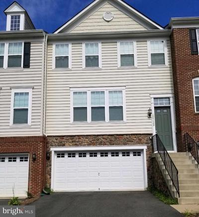 Woodbridge Townhouse For Sale: 16728 Shackleford Way