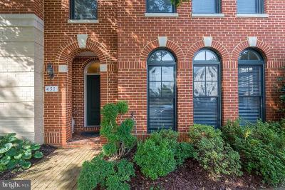 Woodbridge VA Townhouse For Sale: $579,900