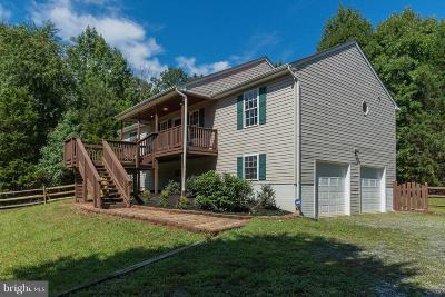 Stafford County Single Family Home For Sale: 25 Whispering Oaks Lane
