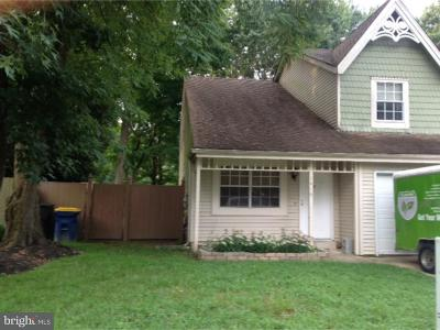 Dover Single Family Home For Sale: 1416 Woodmill Drive