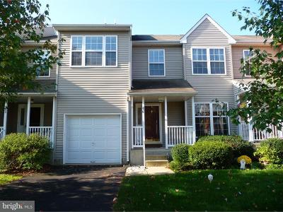 Doylestown Townhouse For Sale: 230 Gatehouse Circle #179