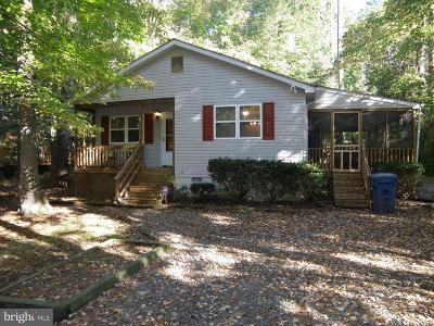 Berlin Single Family Home For Sale: 23 Harpoon Road