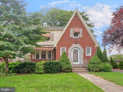 York Single Family Home For Sale: 24 N Manheim Street