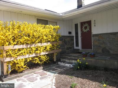 Moorestown Single Family Home For Sale: 404 Kenwood Drive