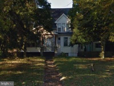 Clementon Single Family Home For Sale: 10 Erial Road