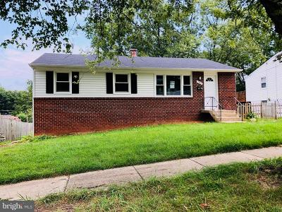 Lanham Single Family Home For Sale: 7549 Newberry Lane