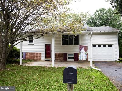 Hummelstown Single Family Home Under Contract: 1014 Princeton Drive