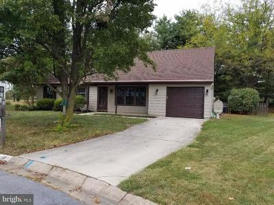 Logan Township Single Family Home For Sale: 18 Maplewood Place