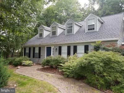 Calvert County, Charles County, Saint Marys County Single Family Home For Sale: 8304 Apple Creek Place