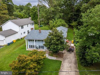 Annapolis Single Family Home For Sale: 102 Edgemere Drive