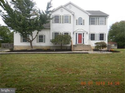 Hightstown Single Family Home For Sale: 6 Katherine Court