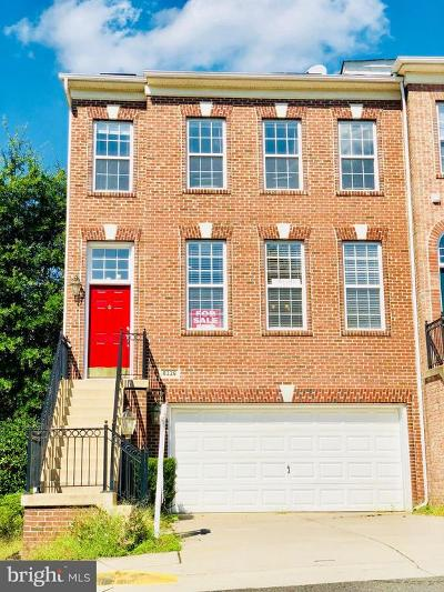 Lorton Townhouse For Sale: 8228 Gunston Commons Way