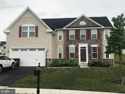 Prince William County Single Family Home For Sale: 3440 Soaring Circle
