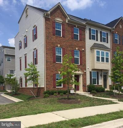 Westphalia Town Center Townhouse For Sale: 10500 Presidential Parkway