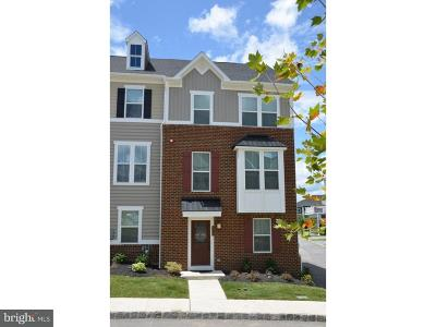 Malvern Townhouse For Sale: 206 Patriots Path