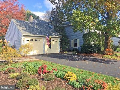 Newtown Single Family Home For Sale: 277 Yorkshire Drive