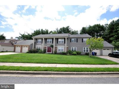 Mount Laurel Single Family Home For Sale: 514 Meadow Court