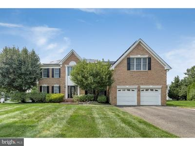Moorestown Single Family Home For Sale: 17 Dogwood Road