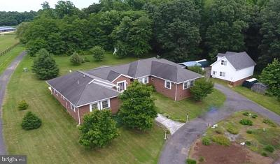 Huntingtown Single Family Home For Sale: 2175 Hunting Creek Road