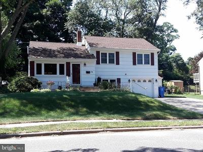 Mount Holly Single Family Home For Sale: 24 Tinker Drive