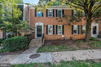McLean Townhouse For Sale: 6611 McLean Court