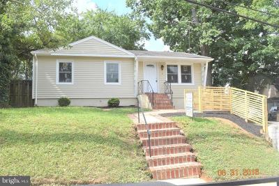 Capitol Heights Single Family Home For Sale: 516 70th Place