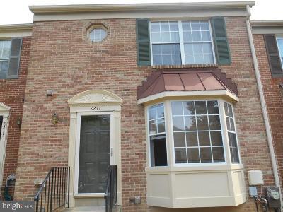 Laurel Townhouse For Sale: 8211 Londonderry Court