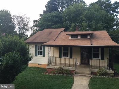 Riverdale Single Family Home For Sale: 5710 Somerset Road