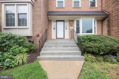 Woodbridge Townhouse For Sale: 11709 Critton Circle