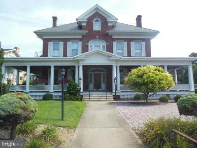 Waynesboro Single Family Home For Sale: 227 West Main Street