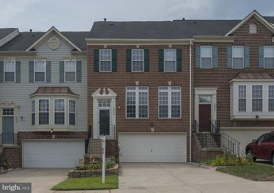 Woodbridge Townhouse For Sale: 15832 Bobolink Drive