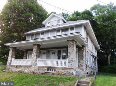 Harrisburg Multi Family Home For Sale: 2712 Woodlawn Street