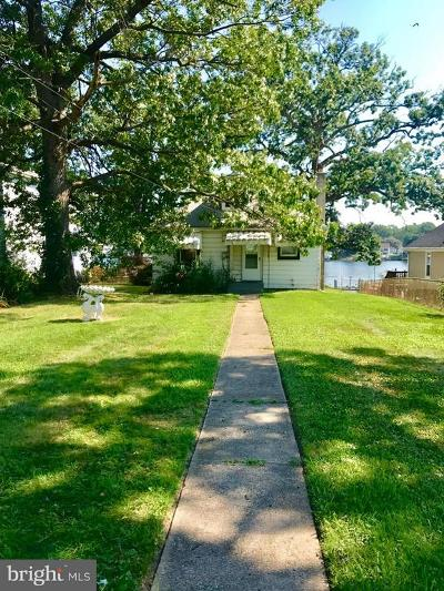 Baltimore County Single Family Home For Sale: 8202 Beach Drive