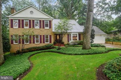 Vienna Single Family Home For Sale: 9915 Meadowlark Road